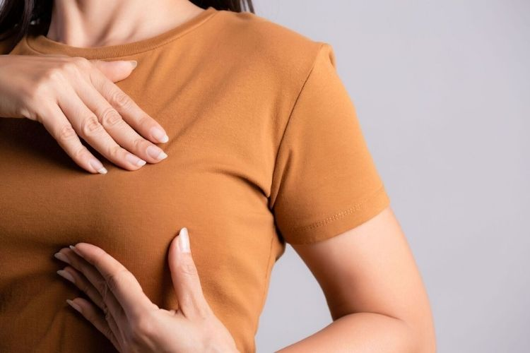 cancer du sein causes symptomes